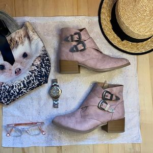 Pink Qupid boots with buckles , size 7.5 like new!